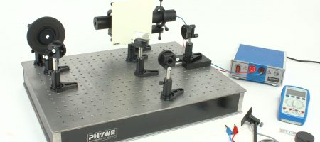 Interferómetro de Michelson de alta resolución en Placa Óptica